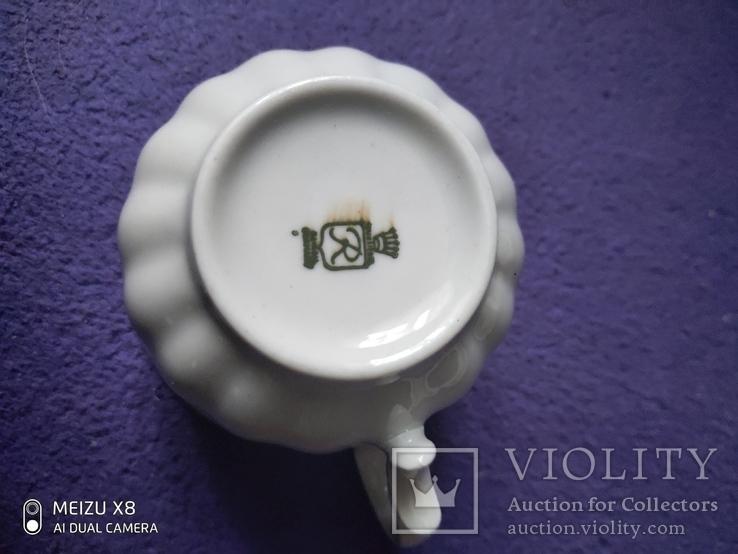 Чашка с блюдцем и тарелкой, фото №3