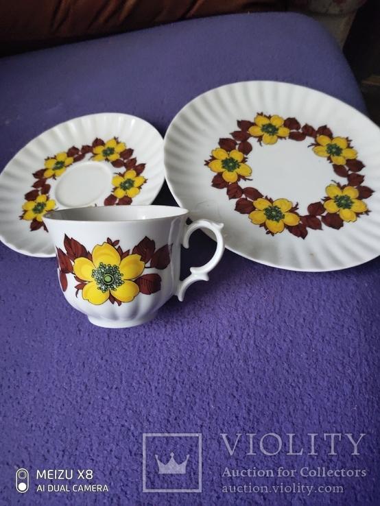 Чашка с блюдцем и тарелкой, фото №4