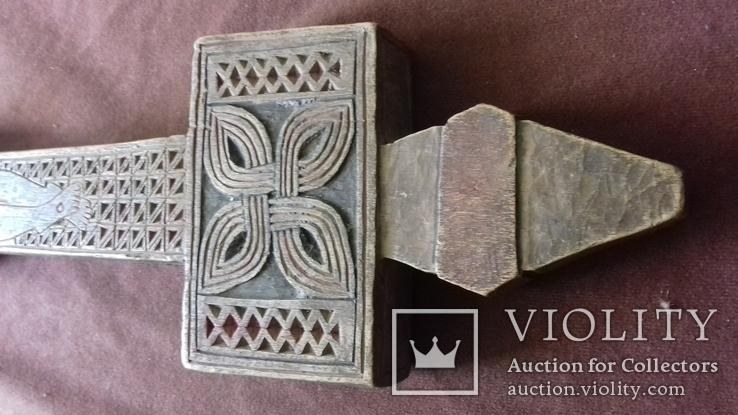 Різьблений дерев'яний хрест., фото №9