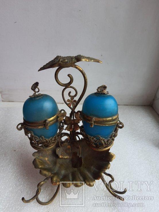 Старинный бронзовый набор для соли и перца, фото №2