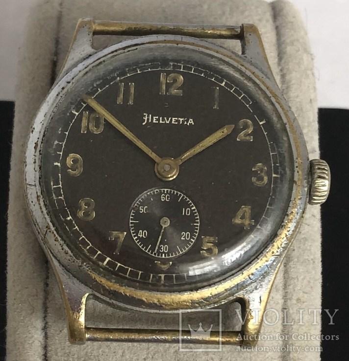 Часы военные Helvetia