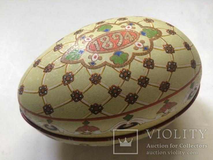 Коробка из под конфет в виде пасхальнго яйца по мотивам яйца Фаберже «Ренесанс», фото №2
