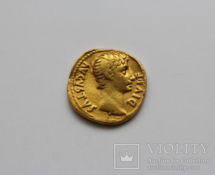 Октавиан Август ауреус RIC 168