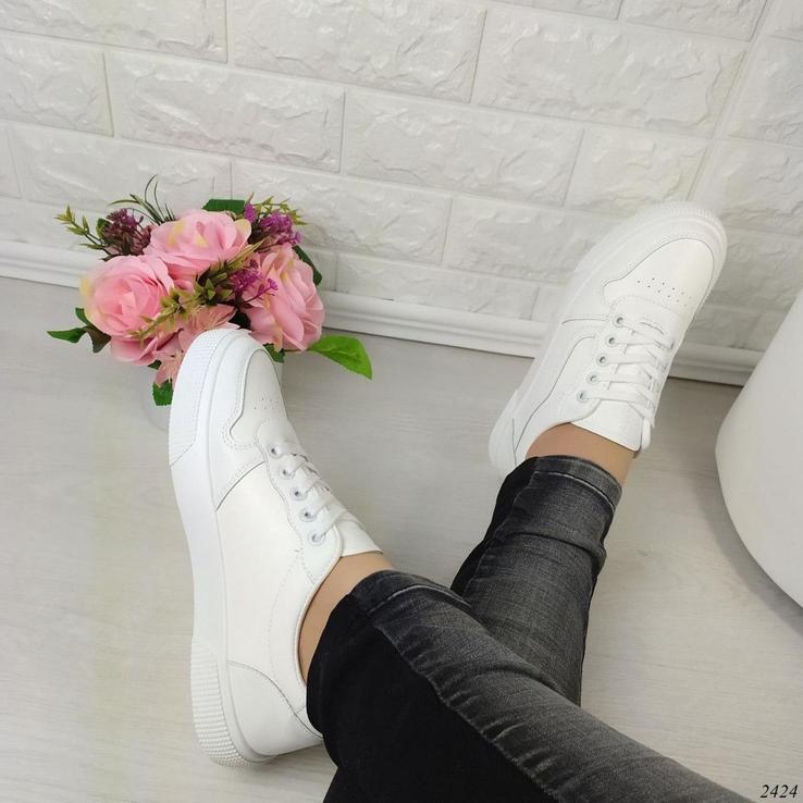 Женские кроссовки Код: 2424