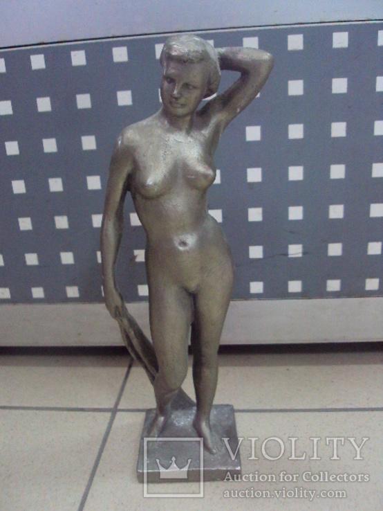Фигура девушка ню обнаженная шпиатр ленинград скульптура