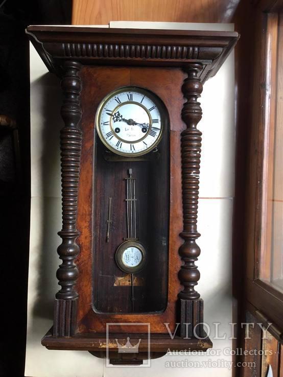 Старинные настенные часы  Le Roi a Paris