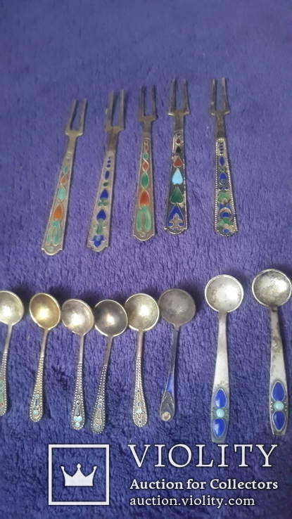 Серебряные 5 вилочек для лимона и 8 ложечек с эмалью, фото №2