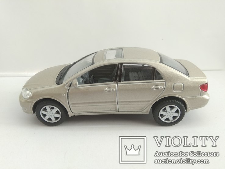 Toyota Corolla 1/36 Kinsmart, фото №2