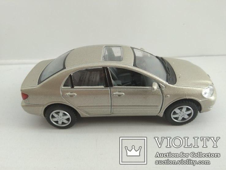 Toyota Corolla 1/36 Kinsmart, фото №3