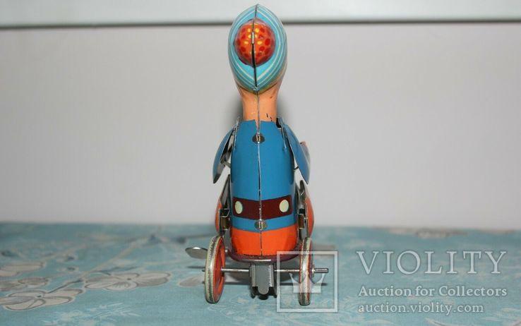 Заводная игрушка из жести: Мальчик на велосипеде, Фирма Kovap Чехословакия, фото №6