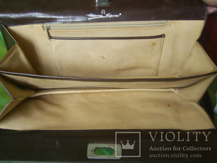 Сумка- клатч кожаная старинная брендовая Etienne Aigner, фото №9
