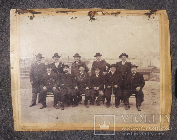 1916,Одесса, Группа инженеров на фоне порта, фото №2