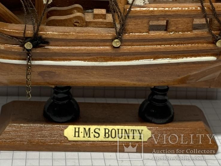 Винтажная деревянная модель корабля с Англии  H.M.S. Bounty, фото №3