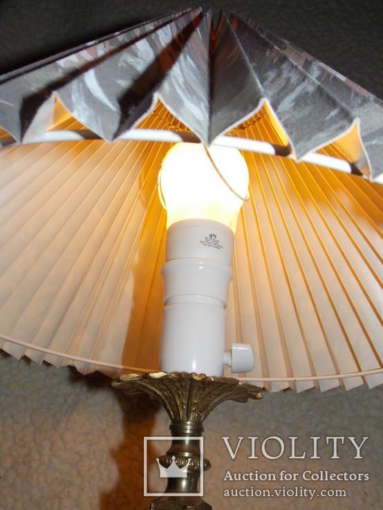 Красивая настольная лампа, фото №12