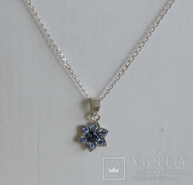 Серебряная цепочка с кулоном в форме цветочка. 925 проба., фото №3