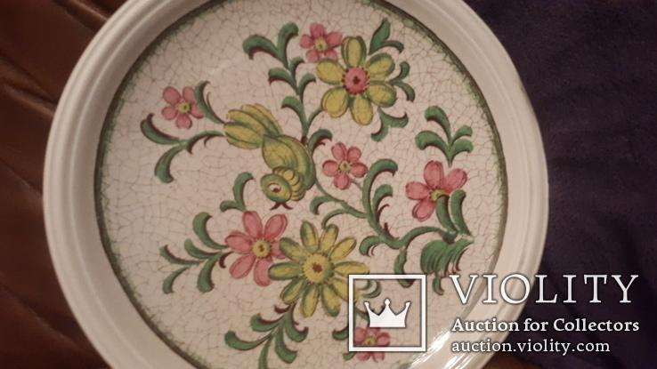 Старинная настенная тарелка с ручной раскрасской, фото №5