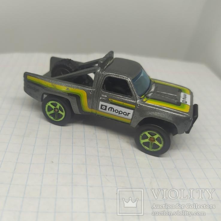 Машинка Hot Weels. 2017 Dodge D100, фото №2