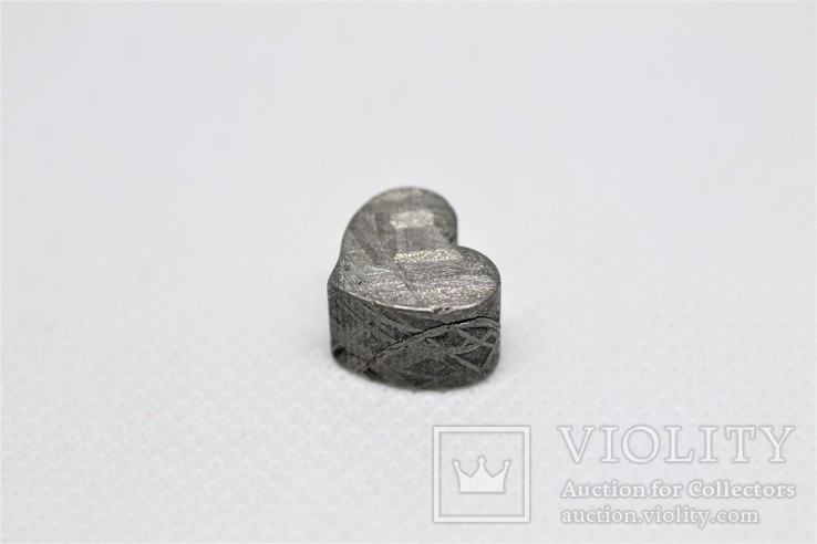 Залізній метеорит Muonionalusta, форма серця, 7,1 грам, сертифікат автентичності, фото №5