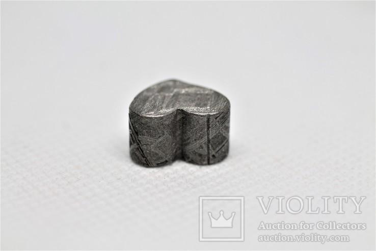 Залізній метеорит Muonionalusta, форма серця, 7,1 грам, сертифікат автентичності, фото №12