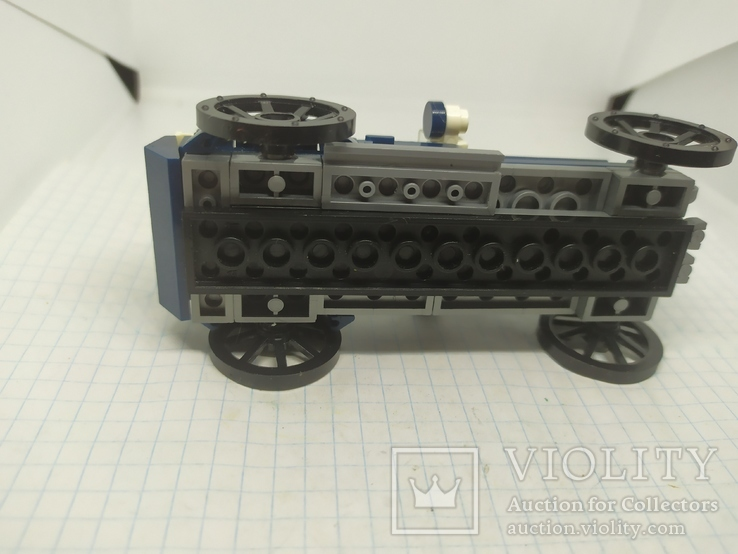 Ретро Машинка собранная из Лего Lego, фото №9
