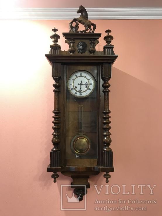 Настіний годиник