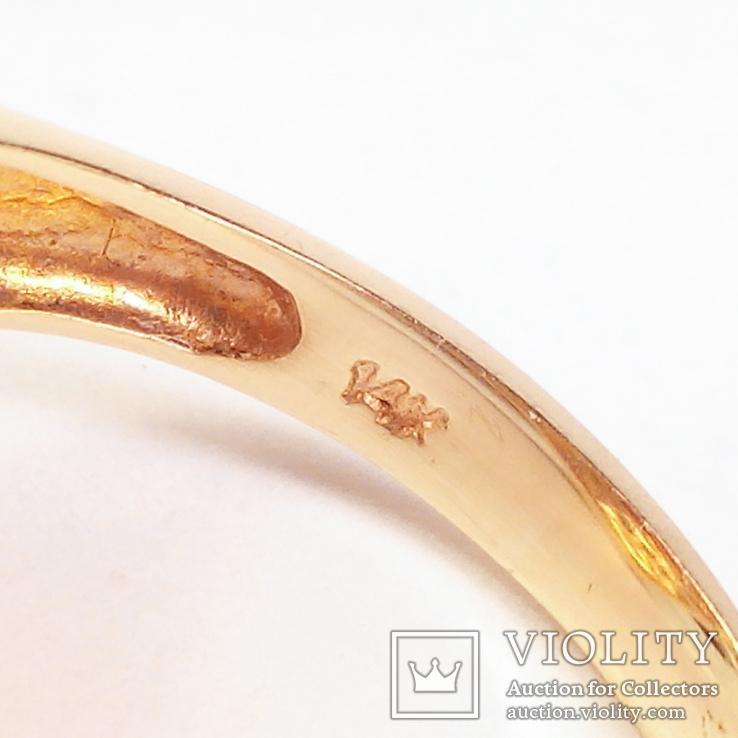 Золотое кольцо с натуральным кораллом и бриллиантами, фото №6