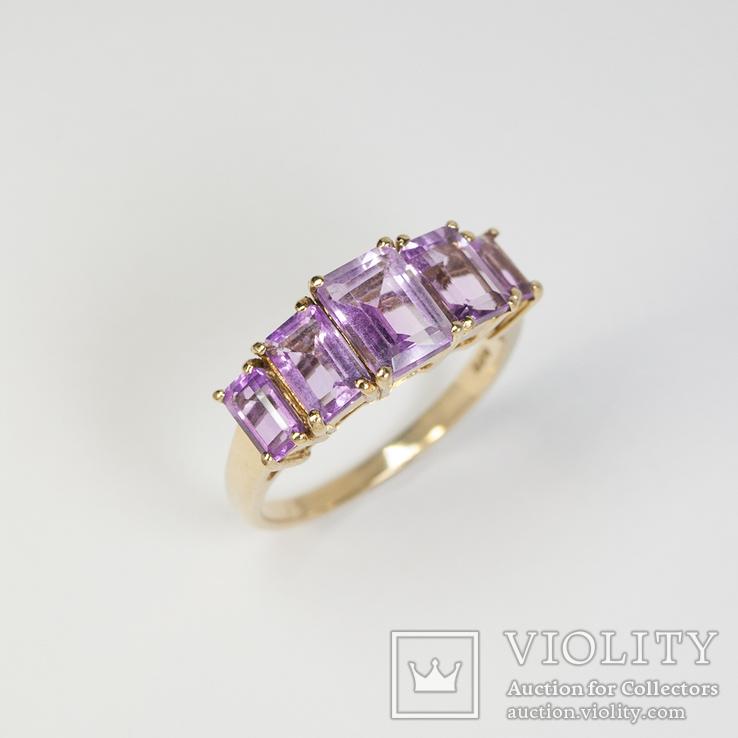Винтажное золотое кольцо с аметистами