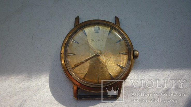 Часы Восток плоские аu-20.