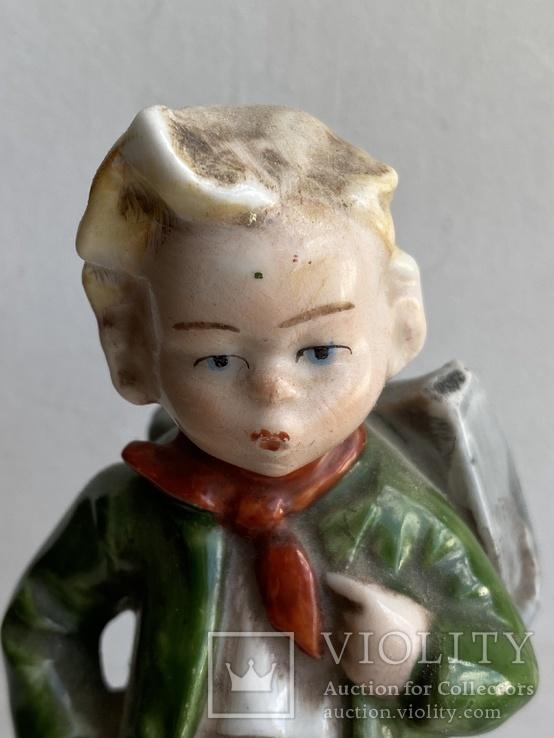 Статуэтка Мальчик с рюкзаком Германия, фото №3