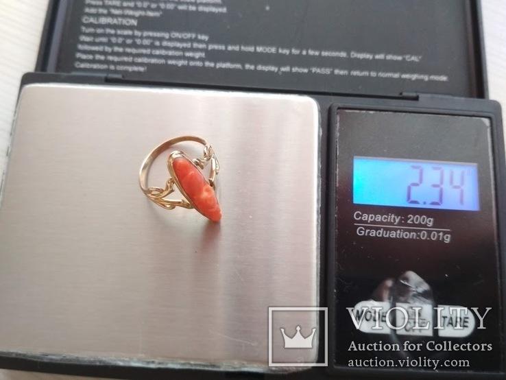 Золотое кольцо с резным кораллом, фото №6