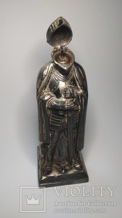 Старинная бензиновая зажигалка, рыцарь., фото №11