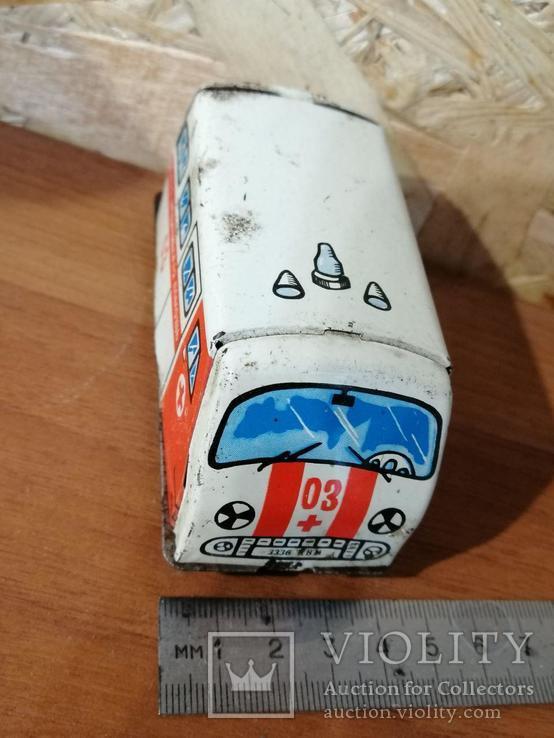 Игрушка СССР Скорая помощь, фото №3