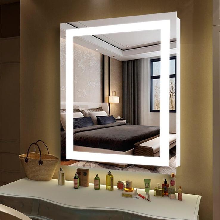 Зеркало с подсветкой 5 Вт 530х680 и кнопкой-выключателем
