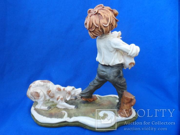 Композиция Мальчик забирает щенков клейма Германия, фото №9