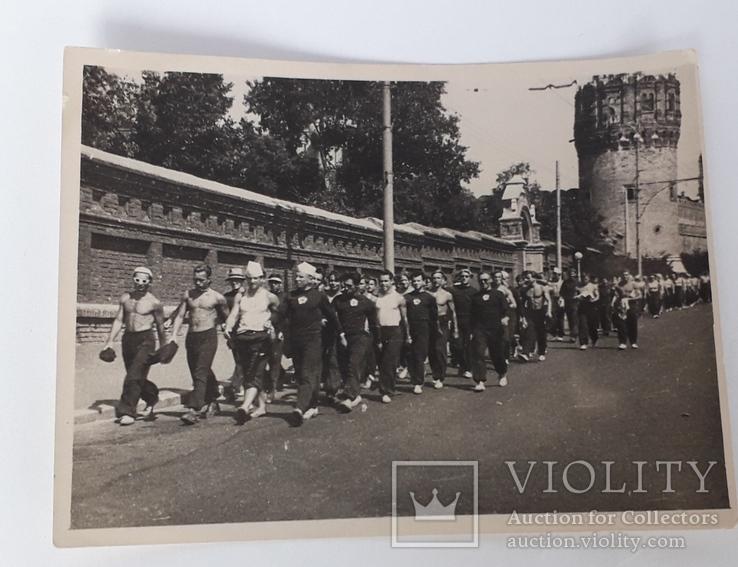 """Фотография """"Марш вузов в метро"""" (12*9), фото №2"""