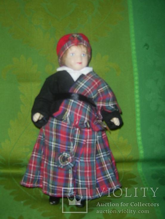 Кукла фарфоровая в национальном костюме Шотландка 21 см, фото №7