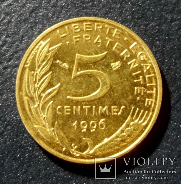 Франция 5 сантимов 1996, фото №2