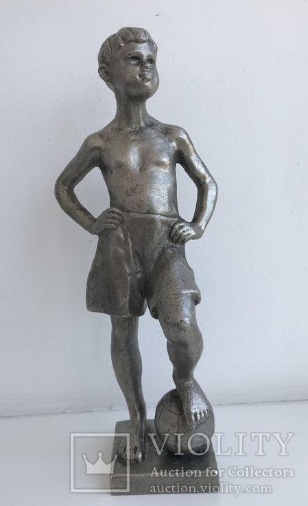 Футболист Ленинград Автор: Бельская В.