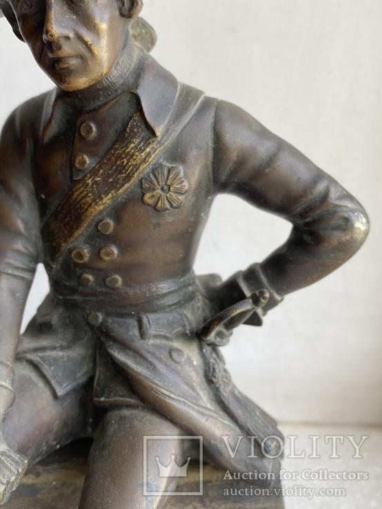 Бронзовая скульптура военного. Европа, фото №4