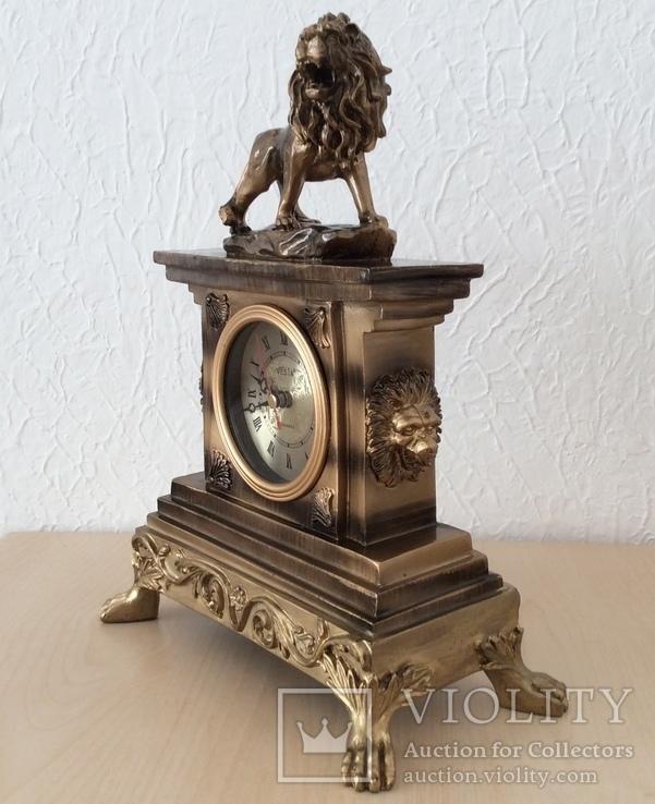 Часы «Лев». 31х24 см. Рабочие.