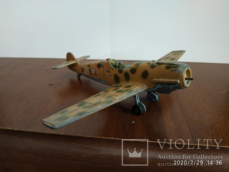 Мессершмитт dinky toys messerschmitt bf109e, фото №2