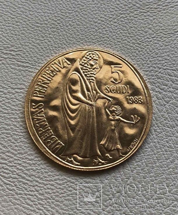 Сан Марино 5 скудо 1983 год золото 917'