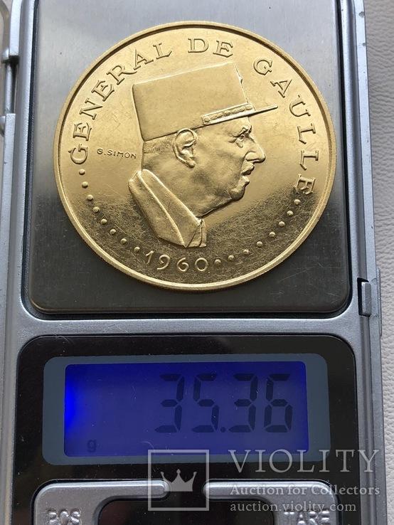 Чад 1960 год 10000 франков Де Голь золото 900', фото №4