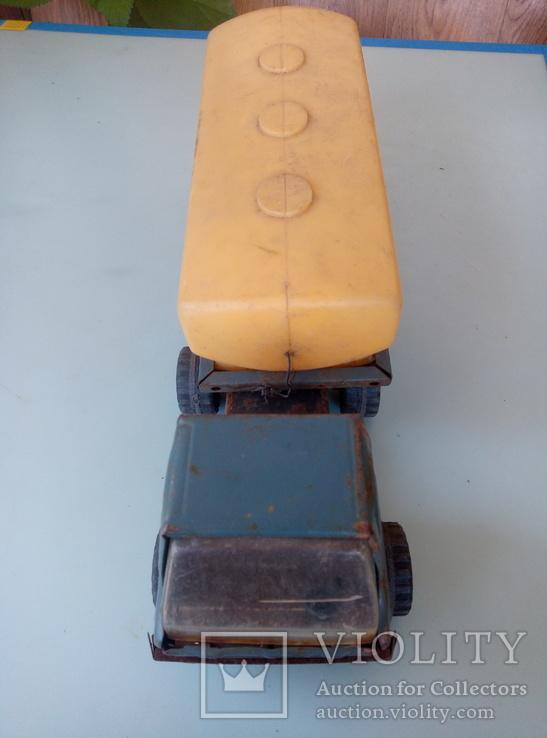 Давняя игрушка молоковоз под реставрацию. Производство ссср., фото №7