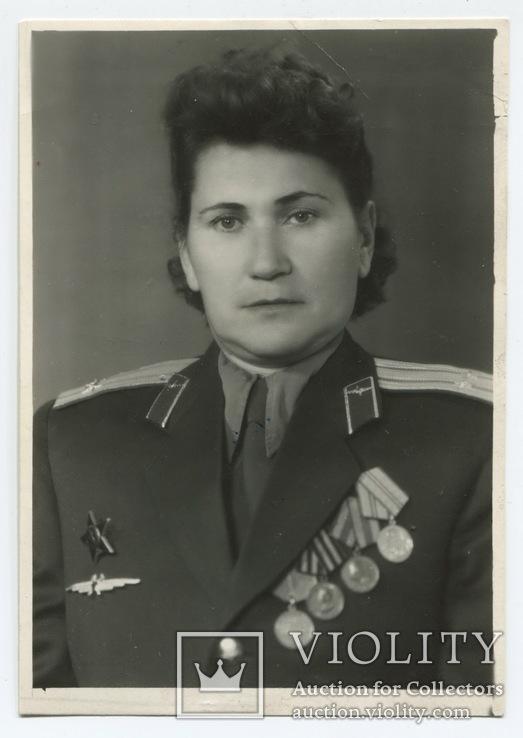Высоцкая А. А., подполковник авиации, ветеран ВОВ с наградами.
