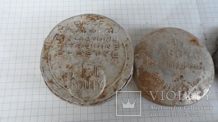 Коробочки от кремов с немецких позиций, фото №11