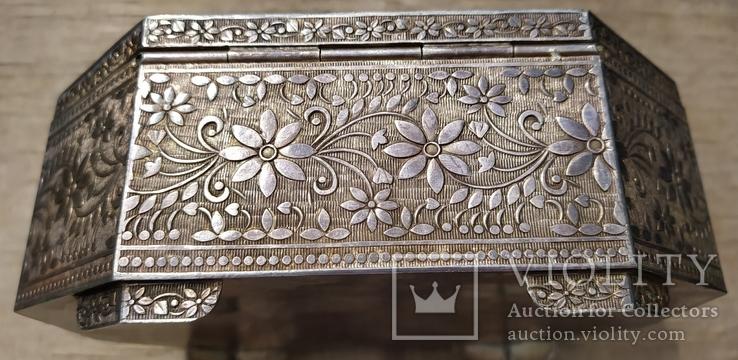Серебряная шкатулка с флоральным декором., фото №6