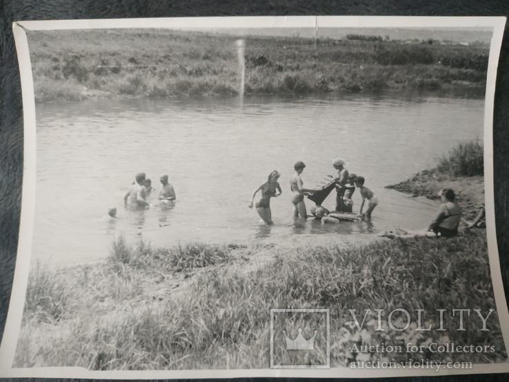 Пляж купальники голые торсы, фото №2