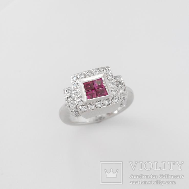Винтажное золотое кольцои с рубина ми и бриллиантами