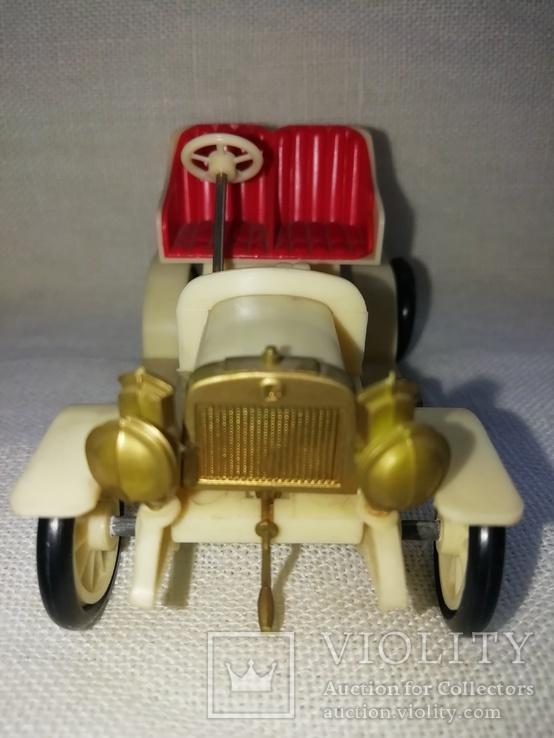 Ретро автомобиль, фото №3